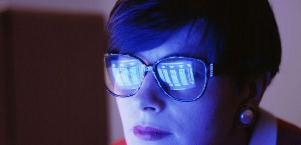 comment bien choisir ses lunettes anti lumi re bleue geek. Black Bedroom Furniture Sets. Home Design Ideas